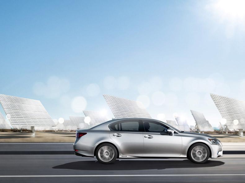 Silver Lexus GS 450h Side