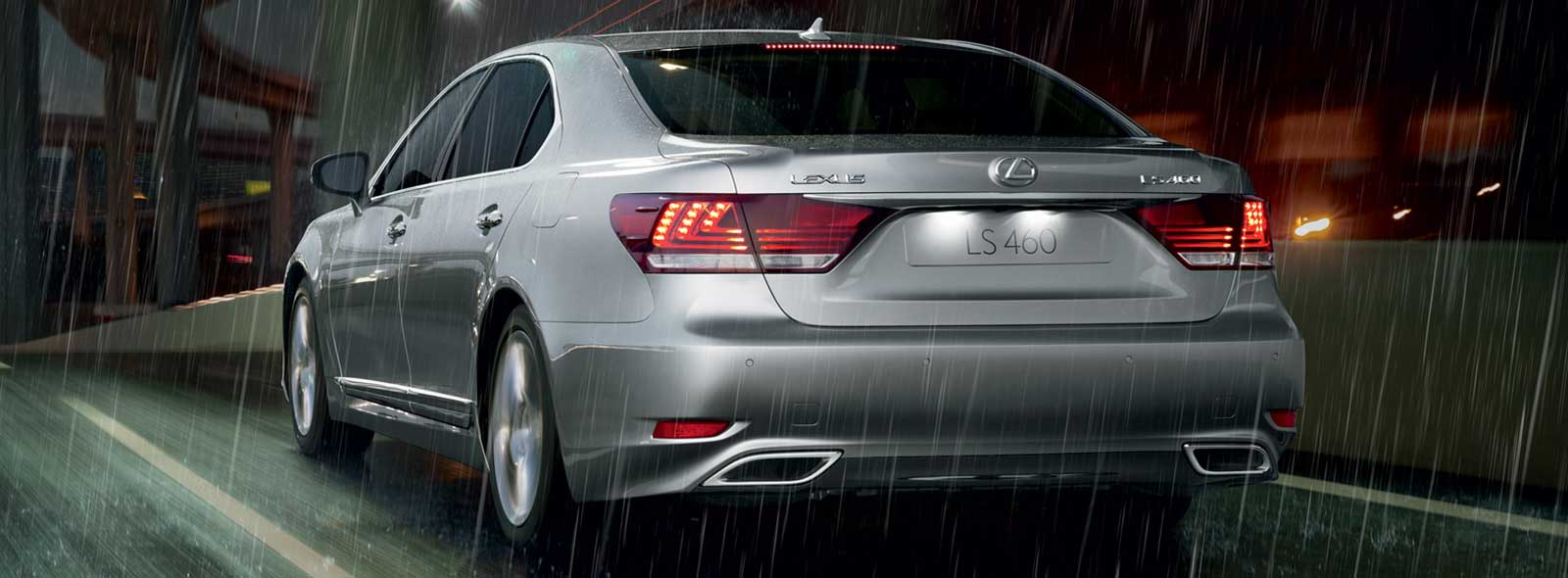 Silver Lexus LS 460