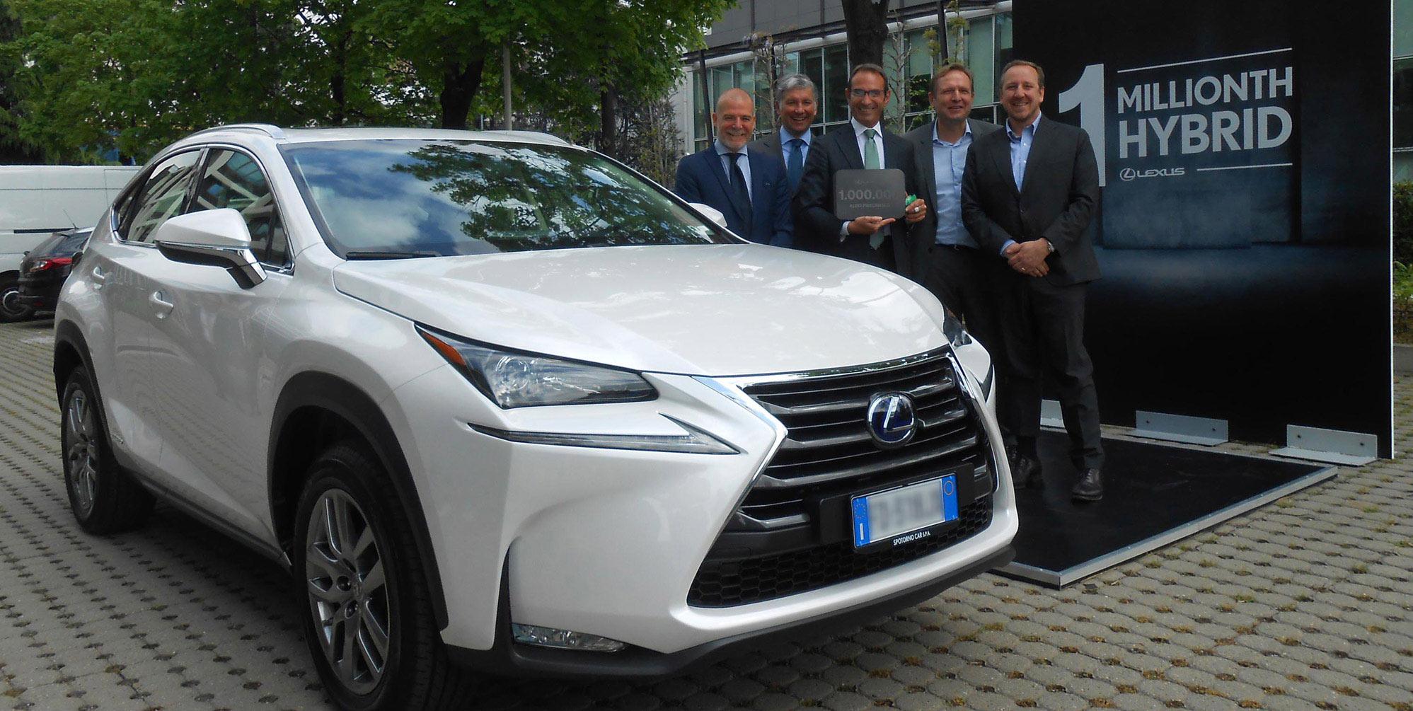 Lexus NX 1 milyonuncu hibrit