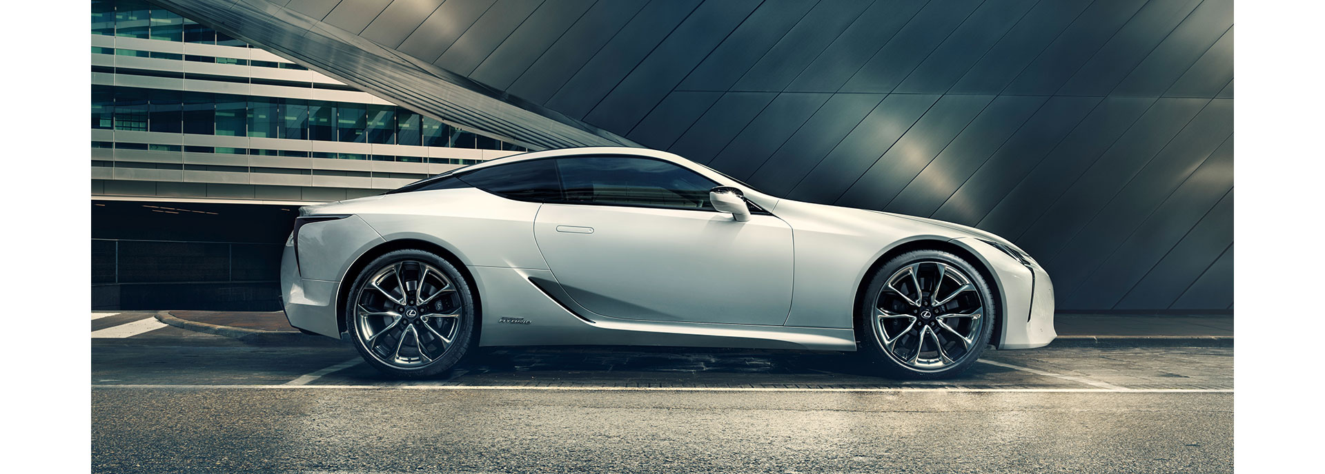 2017 Lexus LC Unmistakable Profile