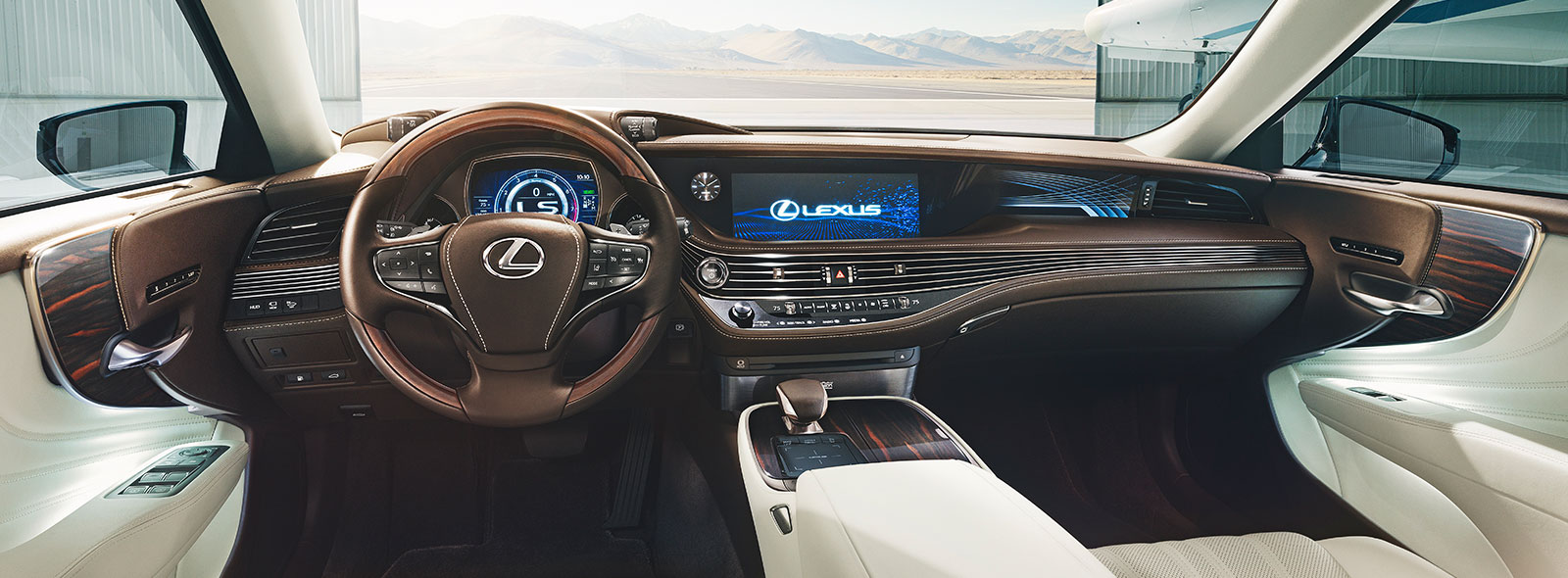 Շքեղ Lexus LS ի ներքին հարարանքը