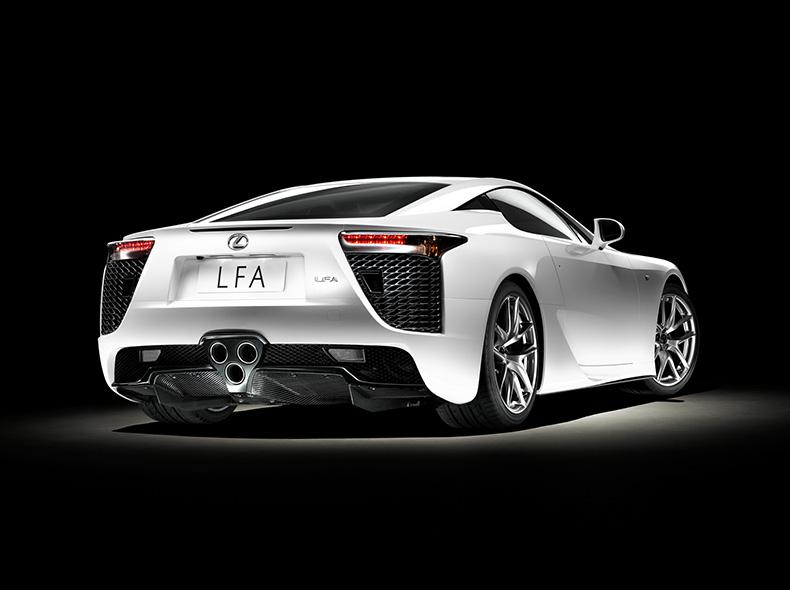 Lexus LFA ի տեսքը հետևից