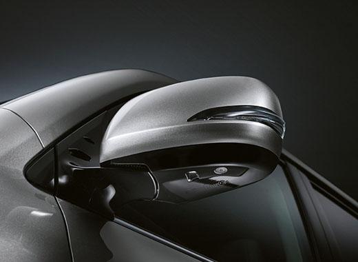 Lexus LX 570 ի կողային հայելի