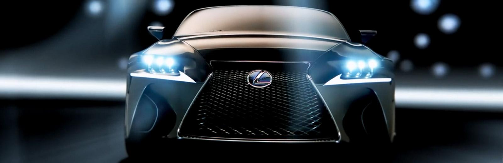 Lexus LF CC Concept avtomobilinin öndən görüntüsü