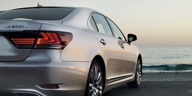 Lexus LS 500h L