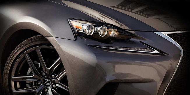 Новое поколение Lexus IS