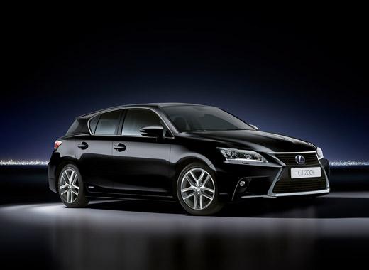 Lexus CT 200h in het zwart