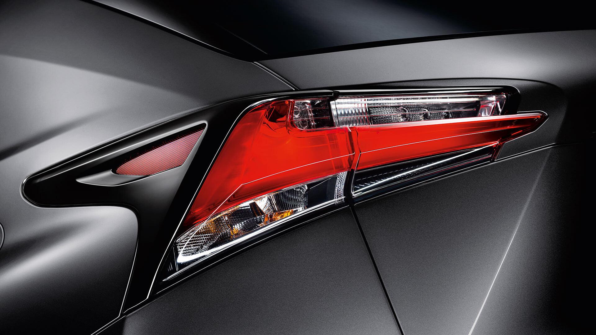 2017 lexus nx 300h features led rear lights