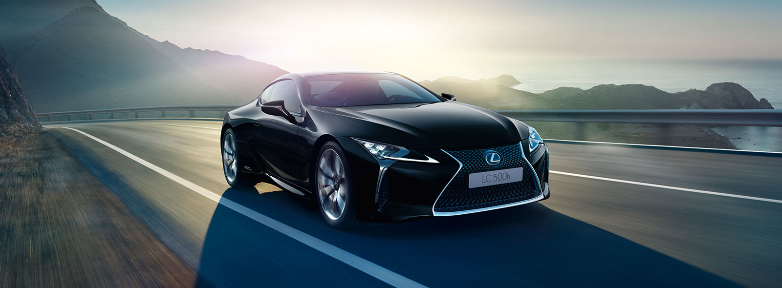 2017 Lexus LC Driving Gallery 004