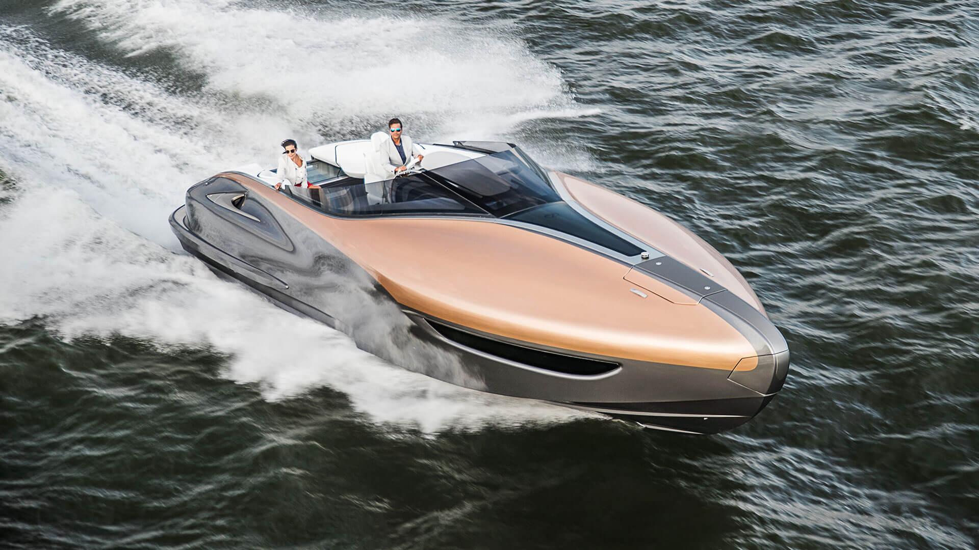 2017 lexus yacht hero01