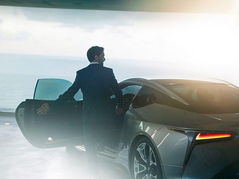 2017 Lexus LC 500 galeria 005