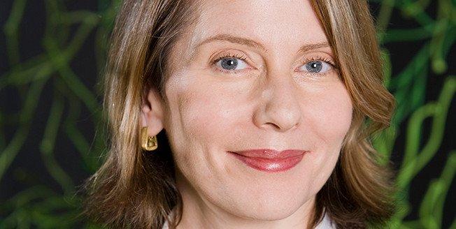Jefa del Departamento de Arquitectura y Diseño y Directora de I D del MoMA