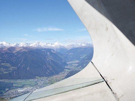 Vista aerea desde el ala de un avión