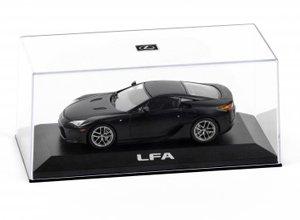 Replica de juguete a escala del LFA en color negro
