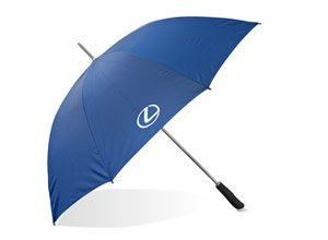 Vista lateral del paraguas Lexus azul marino abierto