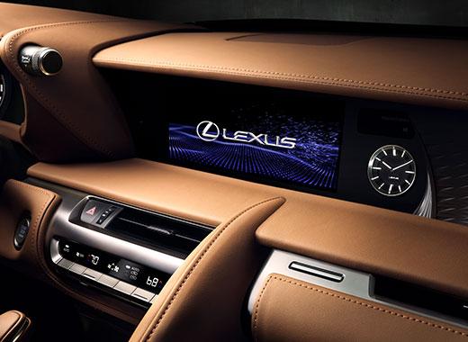 Lexus LC 500 kojelauta