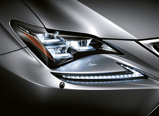 Lexus RC 300h Hybrid LED ajovalot