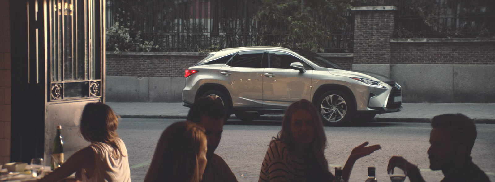 harmaa Lexus RX 450h Hybrid