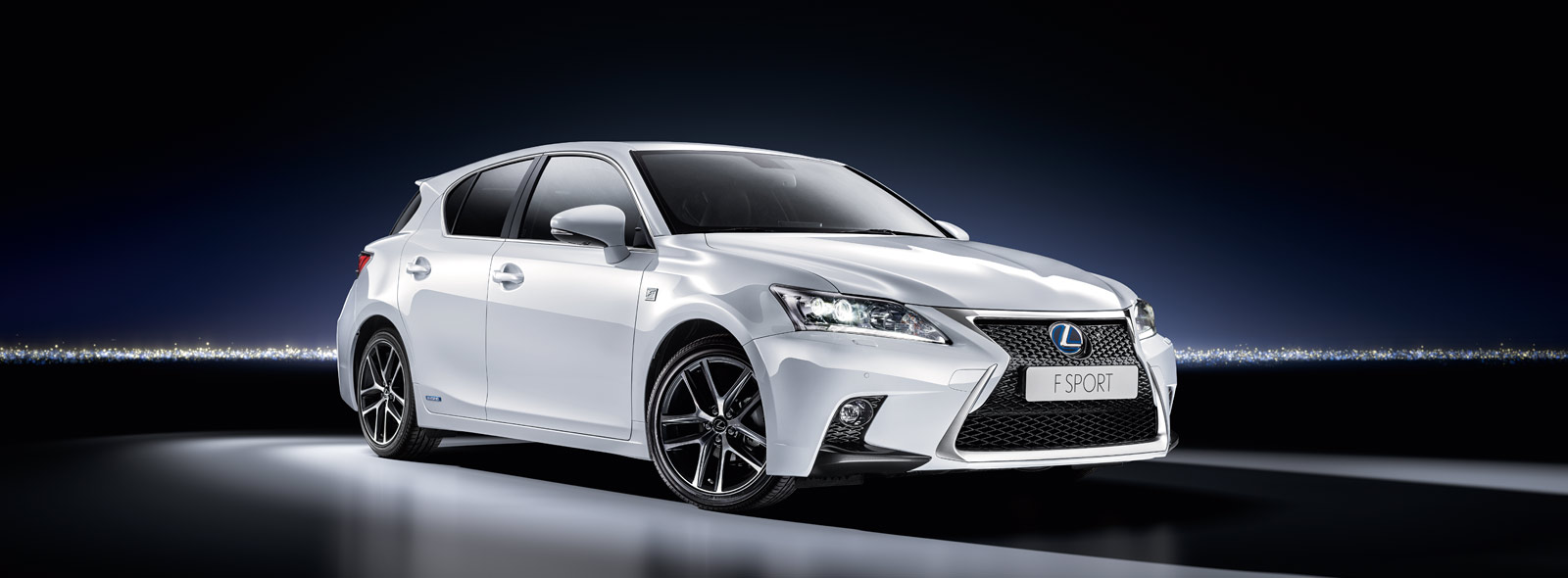 lexus ct 200h luxury hybrid hatchback car lexus uk. Black Bedroom Furniture Sets. Home Design Ideas