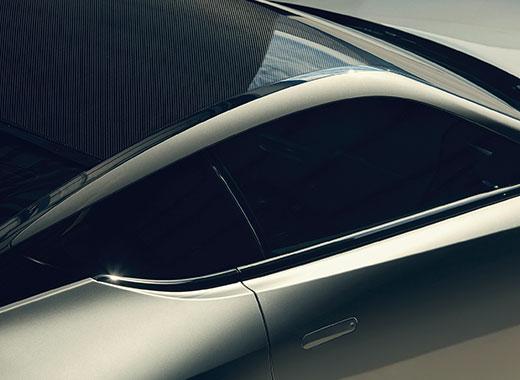 2017 Lexus LC 500h gallery 003