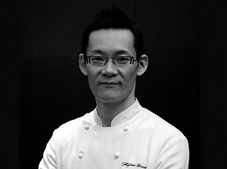 Scatto in bianco e nero di Hajime Yoneda food designer di fama internazionale