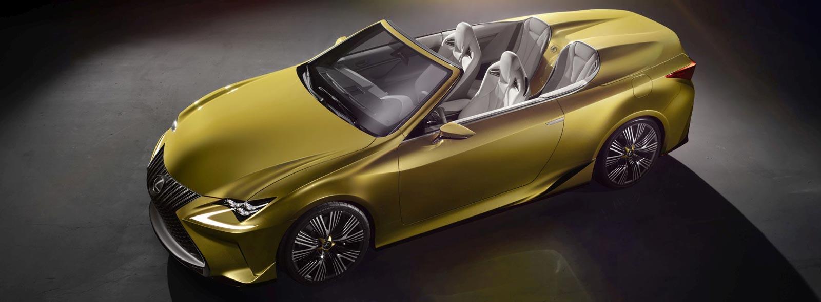 Vista diagonale dall alto del concept Lexus LF C2 colore giallo ocra