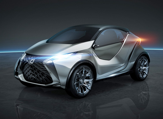 Vista diagonale anteriore della concept car Lexus LF SA