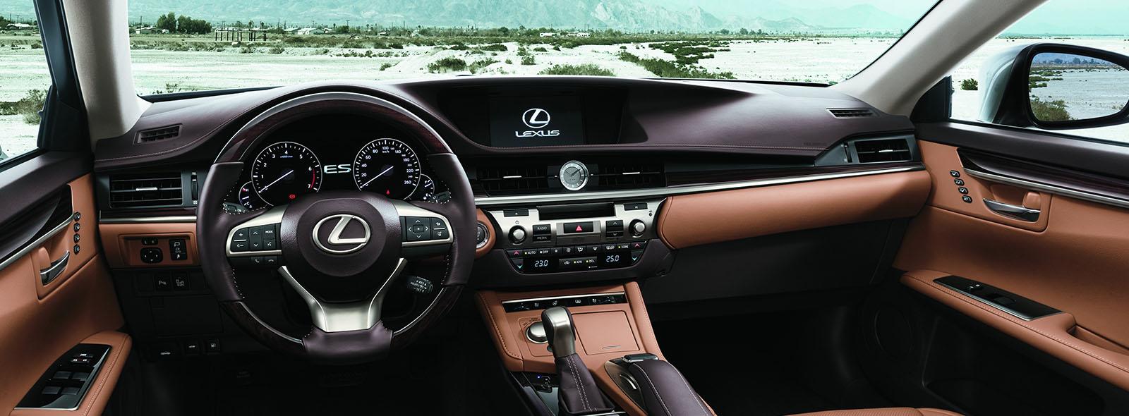 Роскошный интерьер нового седана премиум класса Lexus ES 350