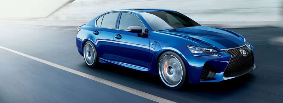 La Lexus GS f en bleue