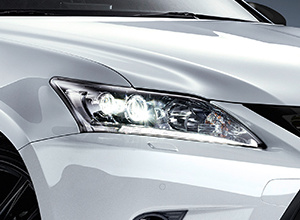 CT200h BusinessEdition Features LEDHeadlights