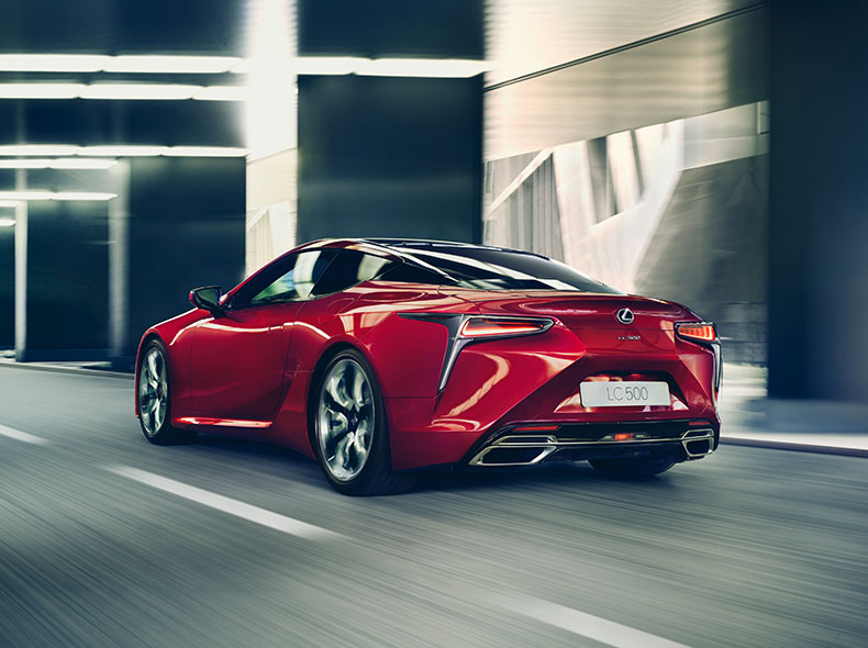 2017 Lexus LC Driving Gallery 002