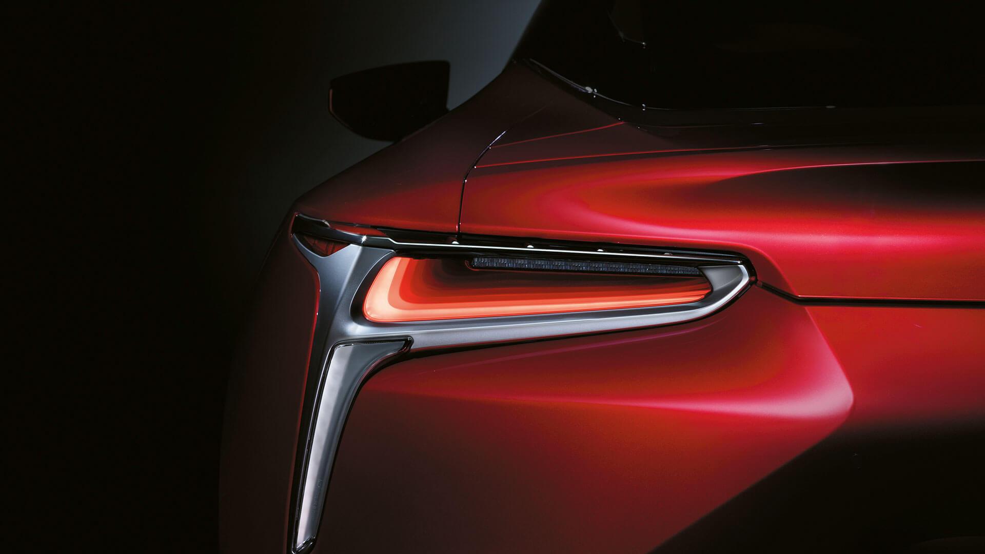 2017 lexus lc 500h features led rear lights
