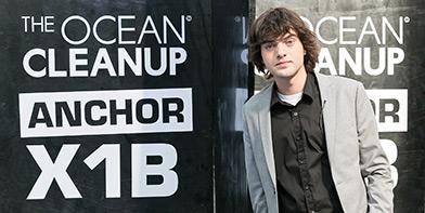 Lexus reikt 'Beste Start up' creatieprijs uit aan The Ocean Cleanup