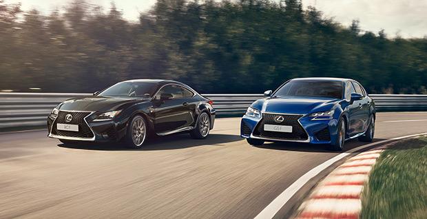 Een achter aanzicht van de Lexus UX Concept