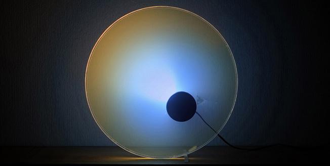 Lichtobject met kleuren op basis van natuurverschijnselen