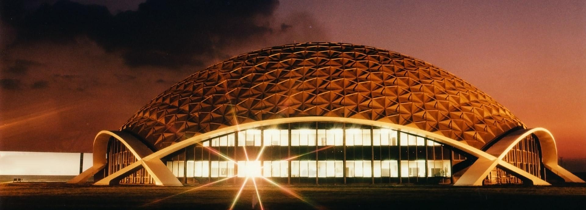 Lees de visie missie en filosofie van Lexus in Nederland Bekijk ook onze vacatures