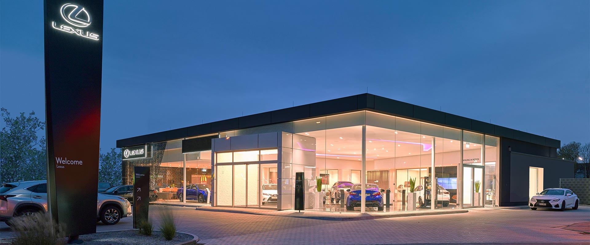 Lexus Dealers in Nederland overzichtsfoto van Lexus dealerpand