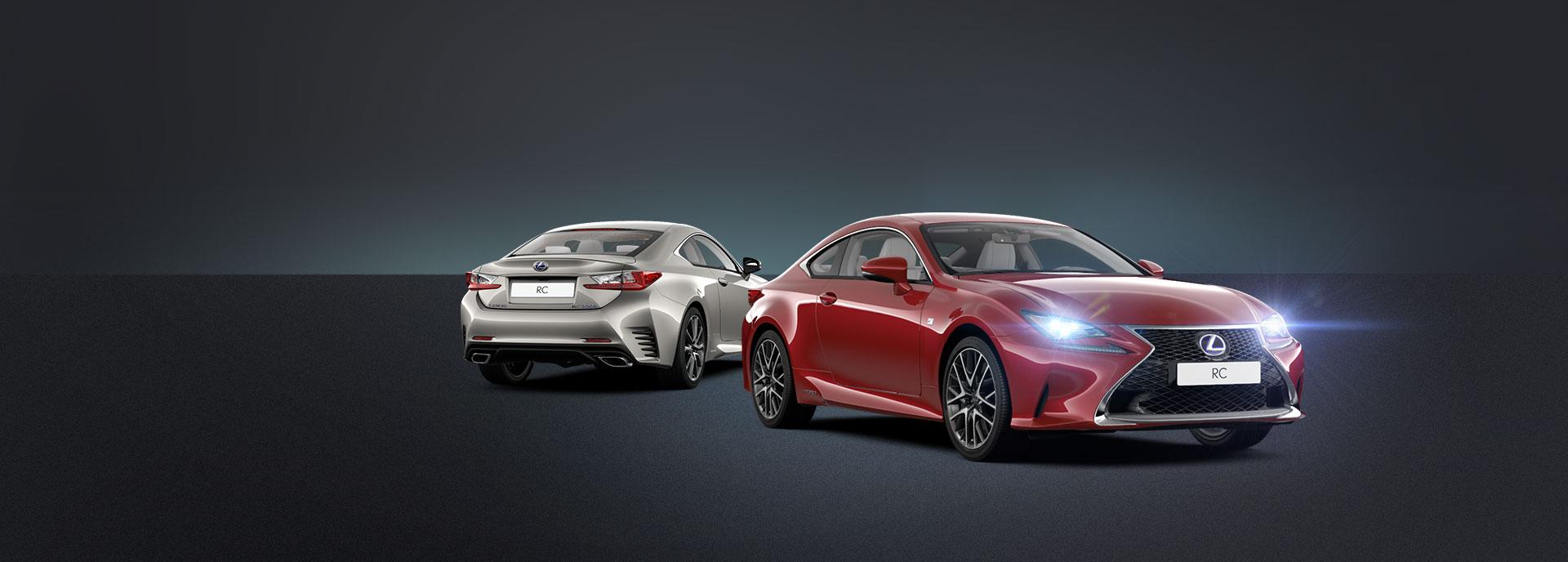 Achteraanzicht grijze en vooraanzicht rode Lexus RC