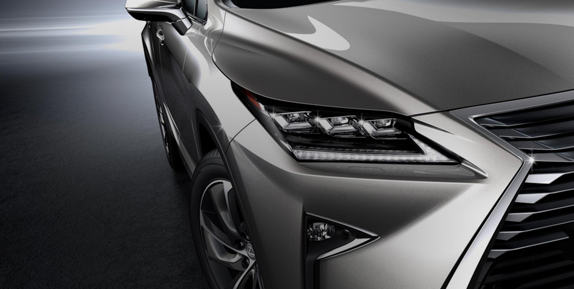 Detailfoto van grille grijze Lexus RX