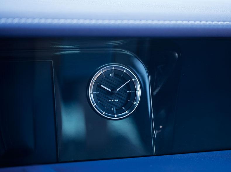 2017 Lexus LC 500h Interior Gallery 006