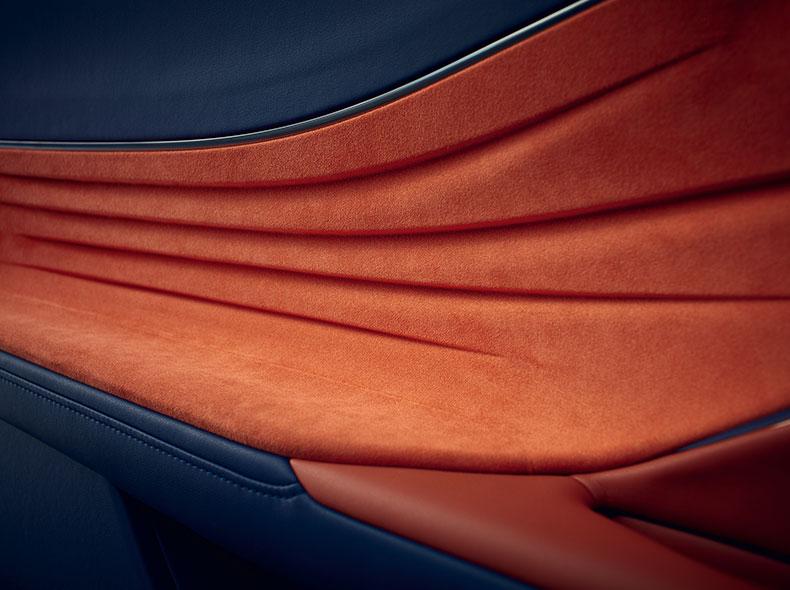 Interiörbild dörrsida Lexus LC 500h