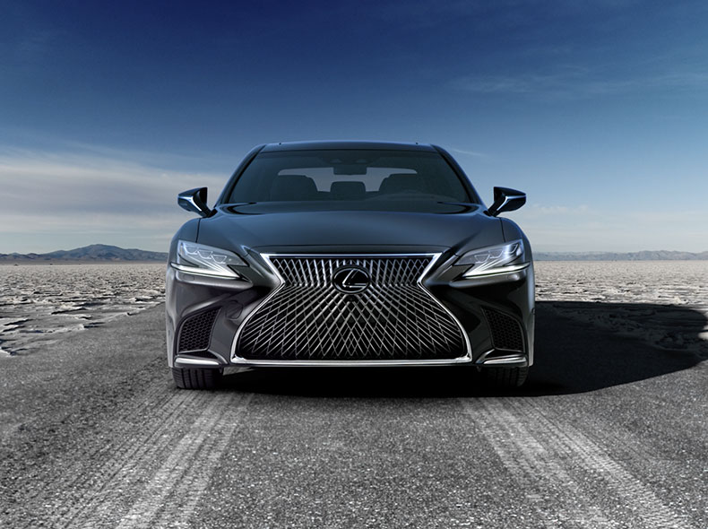 Videobild Lexus LS exteriör design