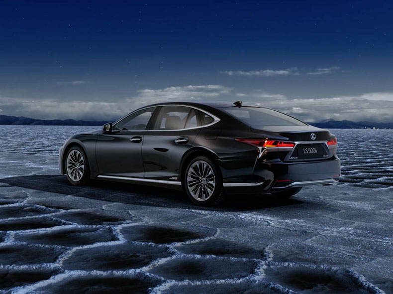 Videobild Lexus LS 500h hybridprestanda
