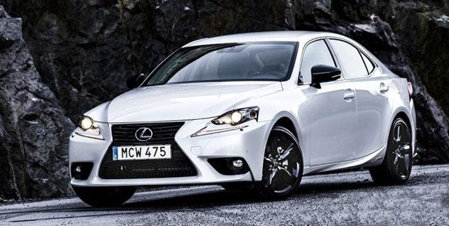 Modellprogrammet breddas med Lexus IS Sport