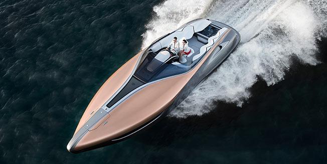 Sportbåtskonceptet Lexus Sport Yacht snett ovanifrån