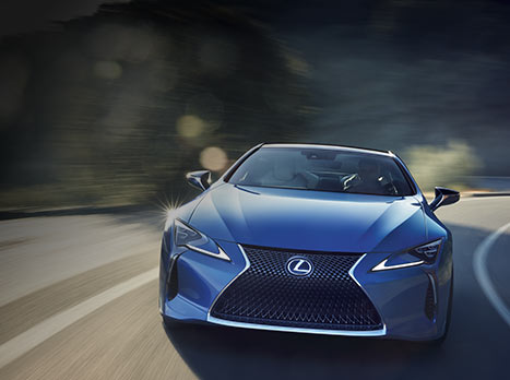 Blå Lexus LC 500h