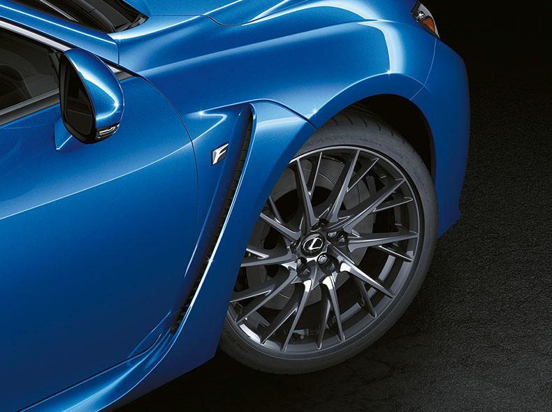 Detaljbild framfälg Lexus RC F