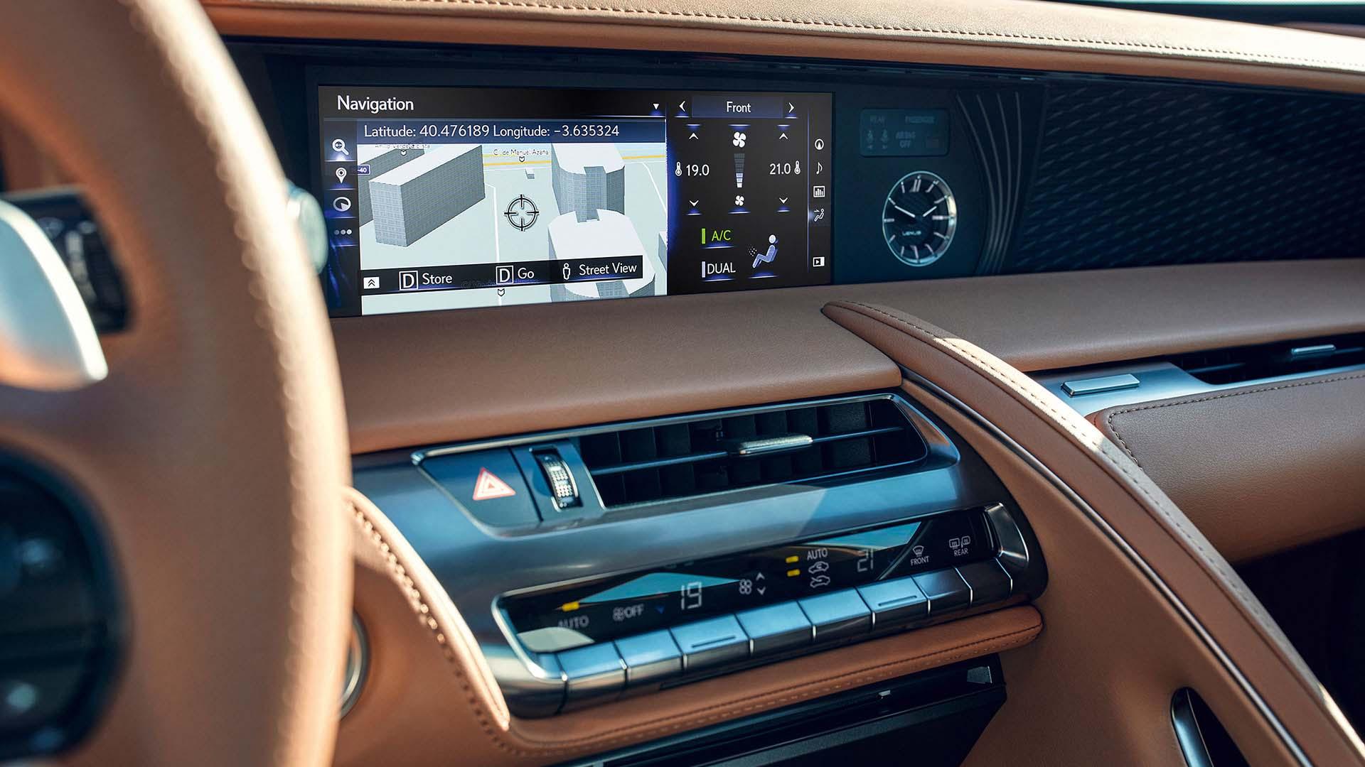 2017 lexus lc 500h features navigation