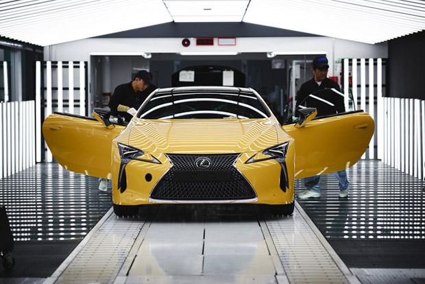 Lexus LC Uretim 02