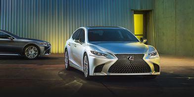 Абсолютно новий Lexus LS